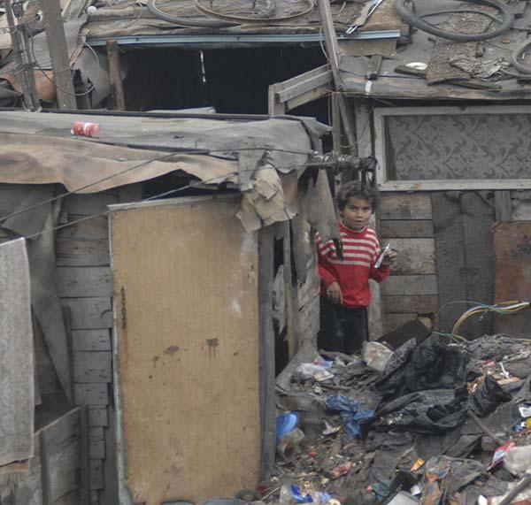 extreme poverty in Macedonia - Roma slums
