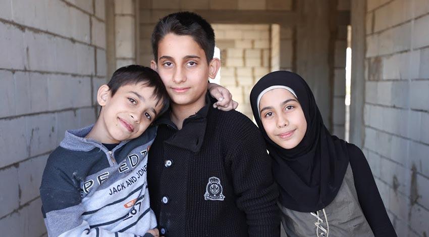 what is an asylum seeker or refugee - children refugees in Lebanon