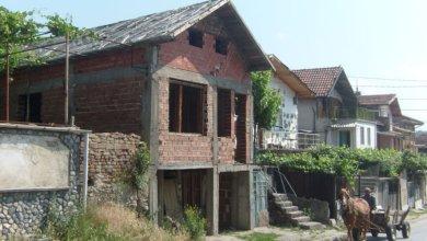 Rebuilding roma slums