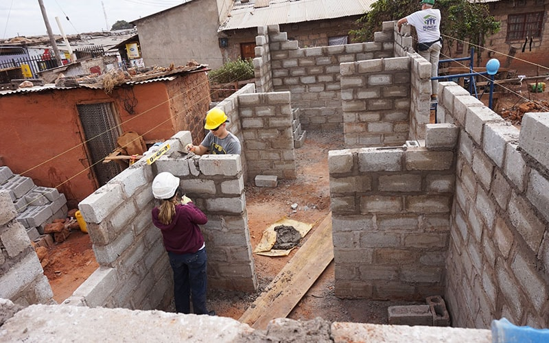 zambia-brick-build