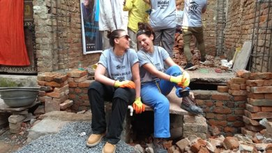Women build houses in India