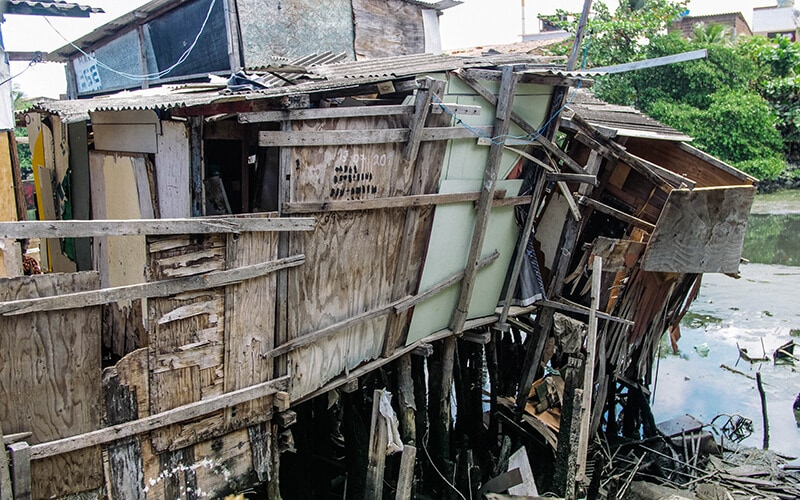 how urban crises will affect slums in brazil